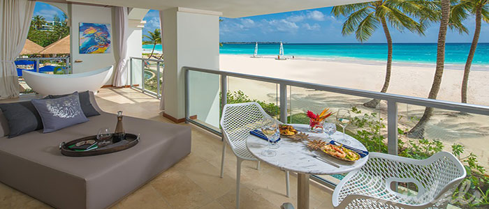 Beachfront One Bedroom Butler Suite w/ Balcony Tranquility Soaking Tub - B1B