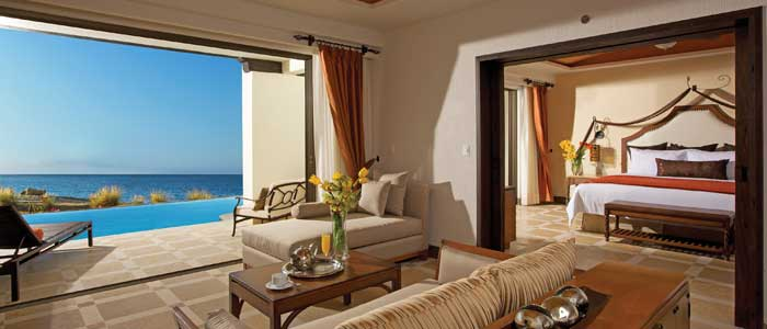 Preferred Club Master Suite Swim Out Ocean Front
