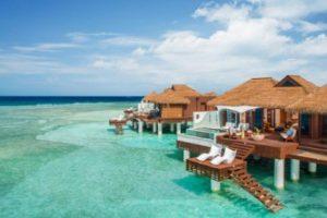 sandals-jamaica-honeymoon-suiteCUniqueVacationsLtd-450x222