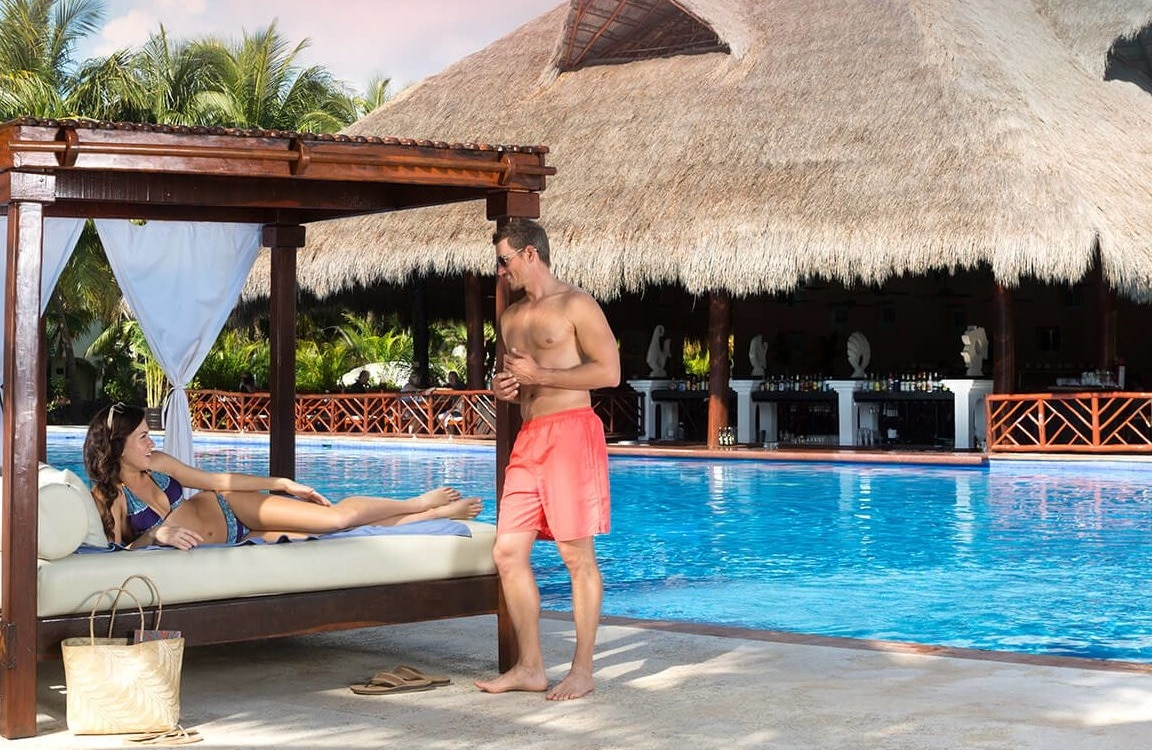 Current Specials at El Dorado All-Inclusive Honeymoons Resorts